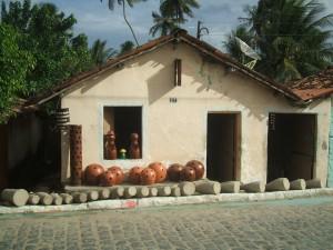 Uma das muitas casinhas da cidade onde se vende utensílios de barro, produtos típicos de Tracunhaém.