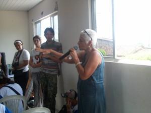 Professora de Lagoa de Itaenga debate o tema do filme Pela Vida, Pelo Tempo.